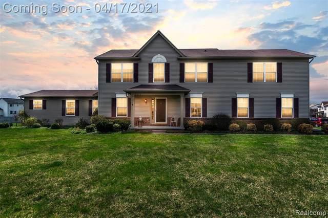 8080 Hidden Ponds Drive, Grand Blanc, MI 48439 (MLS #R2210026172) :: Berkshire Hathaway HomeServices Snyder & Company, Realtors®