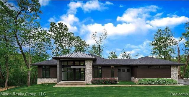 1166 Lake Forest Way, Milford, MI 48380 (MLS #R2210026426) :: Berkshire Hathaway HomeServices Snyder & Company, Realtors®