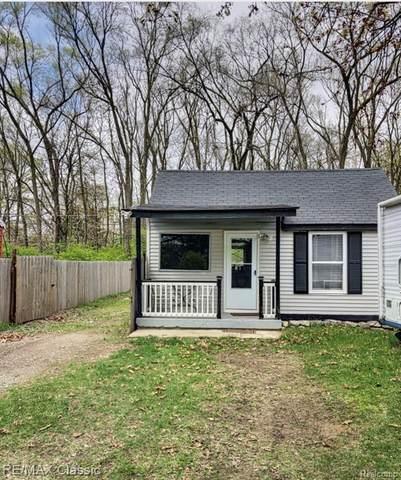 34624 Farragut Avenue, Westland, MI 48186 (MLS #R2210026590) :: Berkshire Hathaway HomeServices Snyder & Company, Realtors®