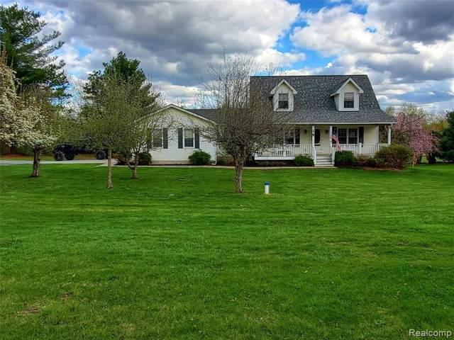 11798 Clyde Road, Fenton, MI 48430 (MLS #R2210026773) :: Berkshire Hathaway HomeServices Snyder & Company, Realtors®