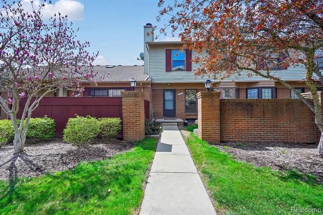 31244 Country Way #11, Farmington Hills, MI 48331 (MLS #R2210026871) :: Berkshire Hathaway HomeServices Snyder & Company, Realtors®
