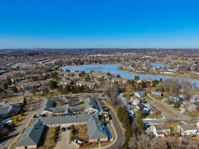 19317 Surrey Lane, Northville, MI 48167 (MLS #R2210027074) :: Berkshire Hathaway HomeServices Snyder & Company, Realtors®