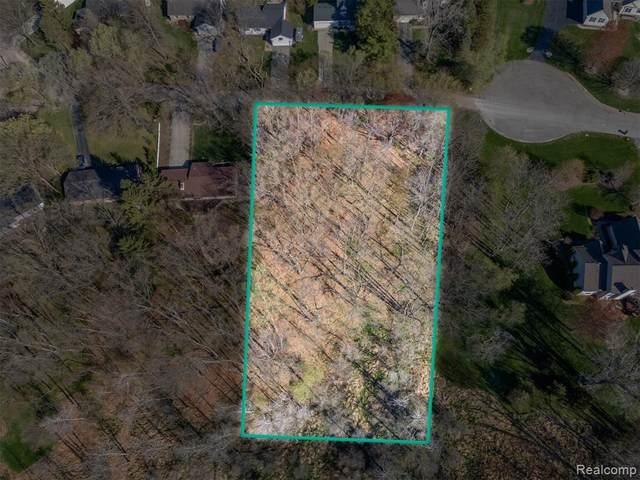 0 Old Mill Road, Pinckney, MI 48169 (MLS #R2210028092) :: Berkshire Hathaway HomeServices Snyder & Company, Realtors®