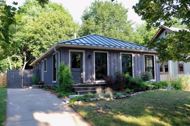 220 Buena Vista Avenue, Ann Arbor, MI 48103 (MLS #3250886) :: The Toth Team