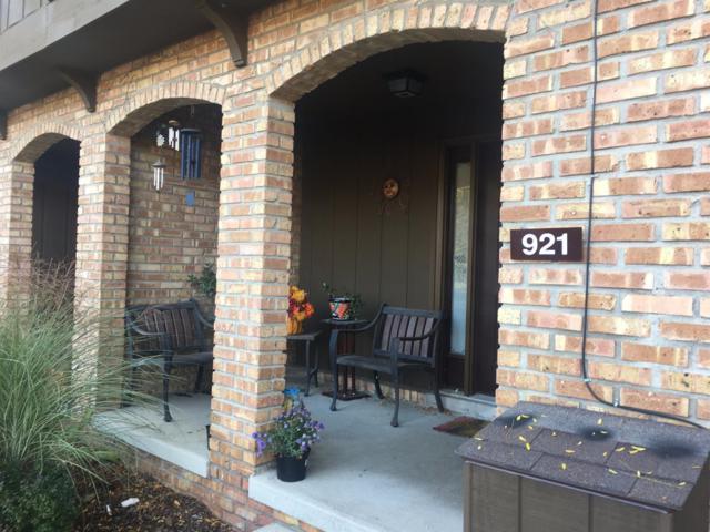 921 Greenhills Drive, Ann Arbor, MI 48105 (MLS #3252705) :: The Toth Team