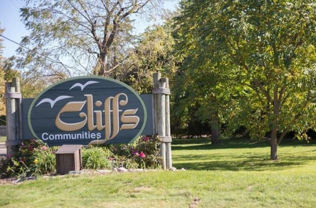 859 Cliffs Drive #206, Ypsilanti, MI 48198 (MLS #3263906) :: Berkshire Hathaway HomeServices Snyder & Company, Realtors®