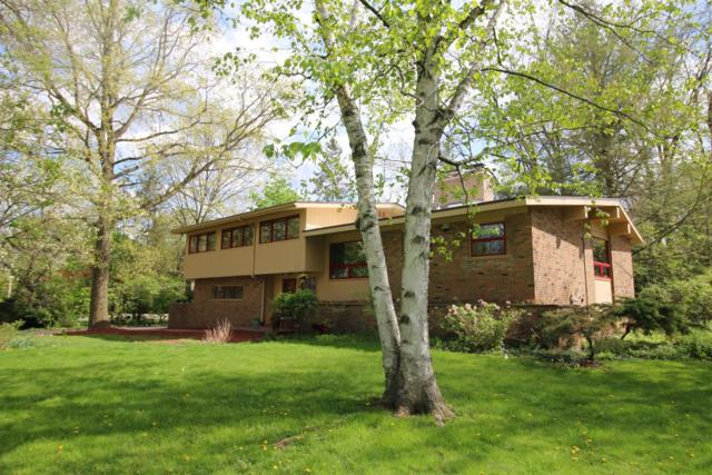 2410 Londonderry Road, Ann Arbor, MI 48104 (MLS #3265174) :: The Toth Team
