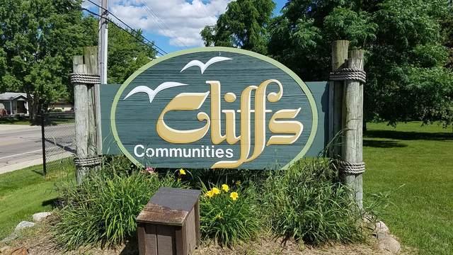 824 Cliffs Drive #303, Ypsilanti, MI 48198 (MLS #3273687) :: The Toth Team