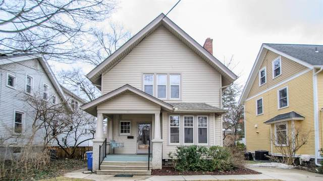 1210 Wells Street, Ann Arbor, MI 48104 (MLS #3275876) :: The Toth Team