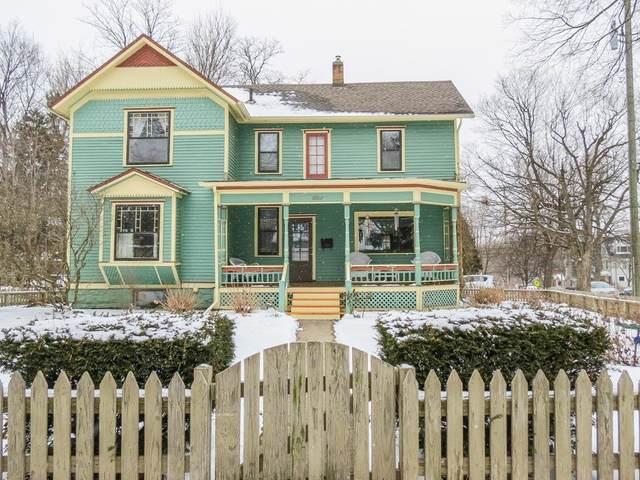 1002 W Liberty Street, Ann Arbor, MI 48103 (MLS #3278549) :: Berkshire Hathaway HomeServices Snyder & Company, Realtors®