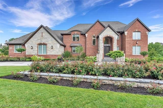 47750 Casa Loma, Northville, MI 48167 (MLS #R2210030278) :: Berkshire Hathaway HomeServices Snyder & Company, Realtors®