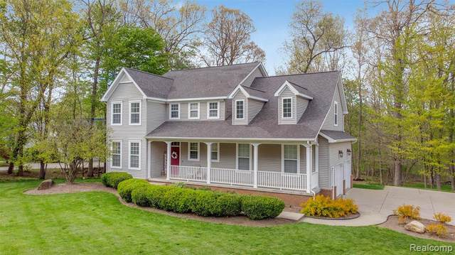 6382 Acorn Way E, Linden, MI 48451 (MLS #R2210033989) :: Berkshire Hathaway HomeServices Snyder & Company, Realtors®