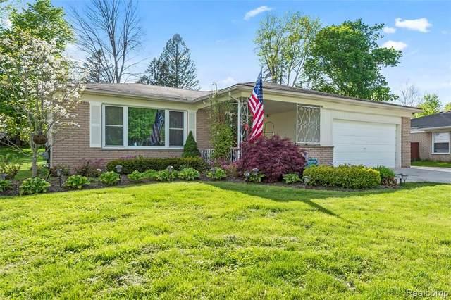30525 Red Maple Lane, Southfield, MI 48076 (MLS #R2210035287) :: Berkshire Hathaway HomeServices Snyder & Company, Realtors®