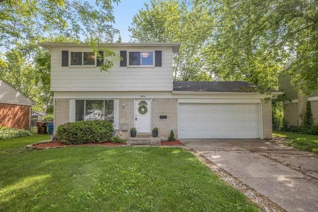 8956 Nottingham Drive, Ypsilanti, MI 48198 (MLS #3281625) :: Berkshire Hathaway HomeServices Snyder & Company, Realtors®