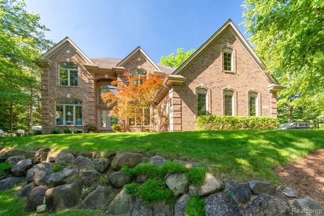 5802 Winans View, Pinckney, MI 48169 (MLS #R2210046097) :: Berkshire Hathaway HomeServices Snyder & Company, Realtors®