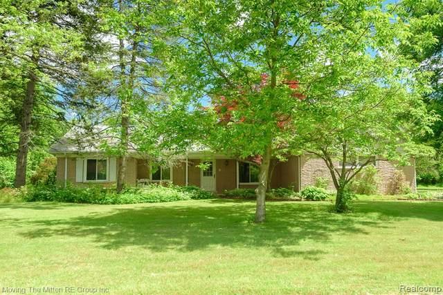4965 Meadowbrook Road, Flat Rock, MI 48134 (MLS #R2210046236) :: Berkshire Hathaway HomeServices Snyder & Company, Realtors®