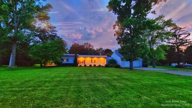 2323 Oak Grove Road, Howell, MI 48855 (MLS #3281939) :: Berkshire Hathaway HomeServices Snyder & Company, Realtors®