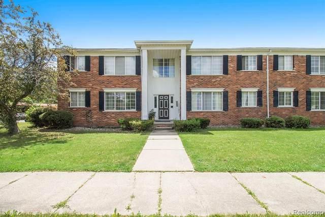 19670 E 8 Mile Rd #19, Harper Woods, MI 48225 (MLS #R2210048964) :: Berkshire Hathaway HomeServices Snyder & Company, Realtors®