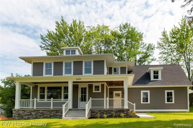 6685 Brockhurst Boulevard, West Bloomfield, MI 48322 (MLS #R2210056575) :: Berkshire Hathaway HomeServices Snyder & Company, Realtors®