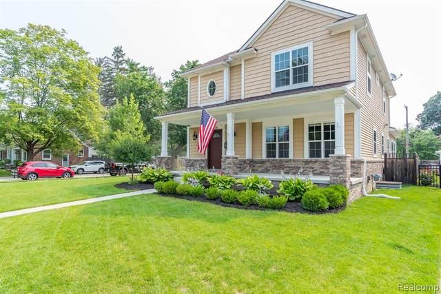 2326 N Vermont Avenue, Royal Oak, MI 48073 (MLS #R2210054364) :: Berkshire Hathaway HomeServices Snyder & Company, Realtors®