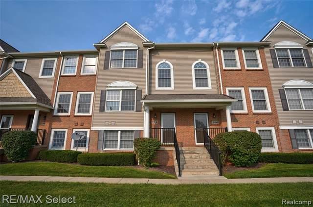 704 Eagle Drive, Fenton, MI 48430 (MLS #R2210065192) :: Berkshire Hathaway HomeServices Snyder & Company, Realtors®