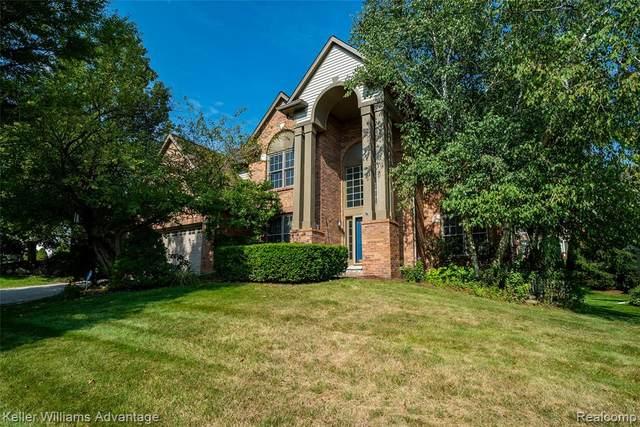 2877 Leslie Park Circle, Ann Arbor, MI 48105 (MLS #R2210065866) :: Berkshire Hathaway HomeServices Snyder & Company, Realtors®