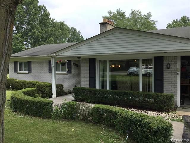 28180 Hawberry Road, Farmington Hills, MI 48331 (MLS #R2210065338) :: Berkshire Hathaway HomeServices Snyder & Company, Realtors®