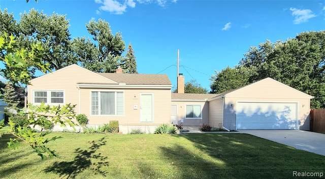 3900 Greenway Avenue, Royal Oak, MI 48073 (MLS #R2210074478) :: Berkshire Hathaway HomeServices Snyder & Company, Realtors®