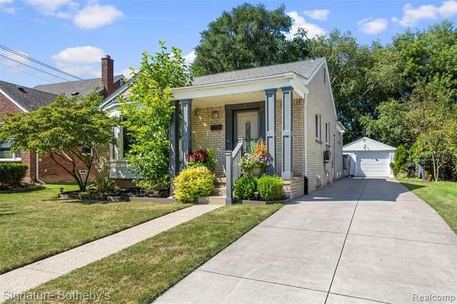 1772 Taunton Road, Birmingham, MI 48009 (MLS #R2210074207) :: Berkshire Hathaway HomeServices Snyder & Company, Realtors®