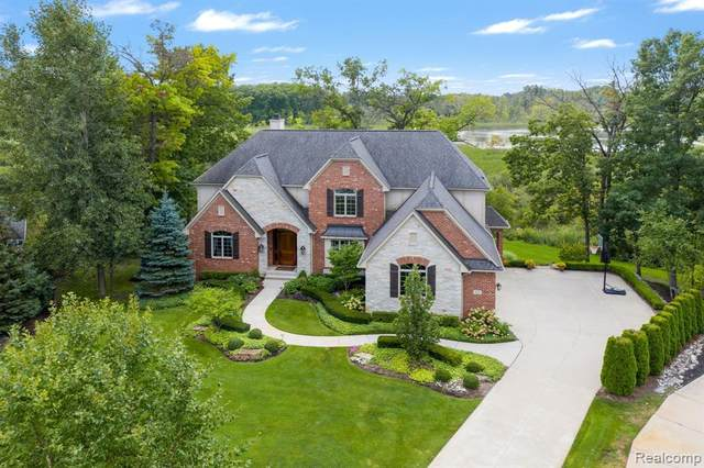 2066 Deer Path Trail, Commerce, MI 48390 (MLS #R2210074505) :: Berkshire Hathaway HomeServices Snyder & Company, Realtors®