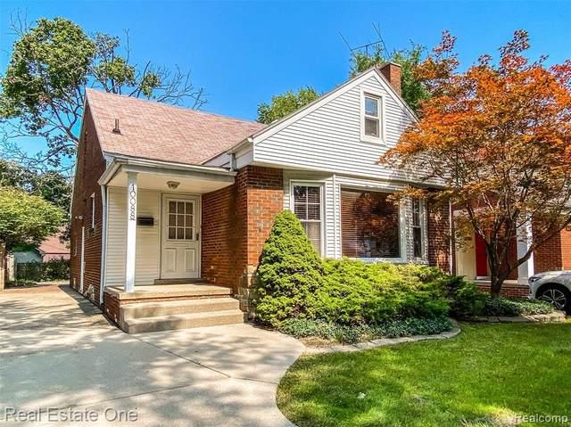 10088 Hart Avenue, Huntington Woods, MI 48070 (MLS #R2210075175) :: Berkshire Hathaway HomeServices Snyder & Company, Realtors®