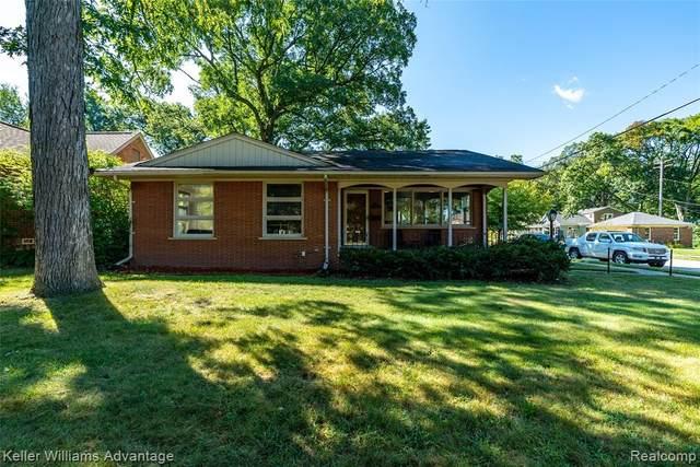 8151 Oak Park Blvd, Oak Park, MI 48237 (MLS #R2210071620) :: Berkshire Hathaway HomeServices Snyder & Company, Realtors®