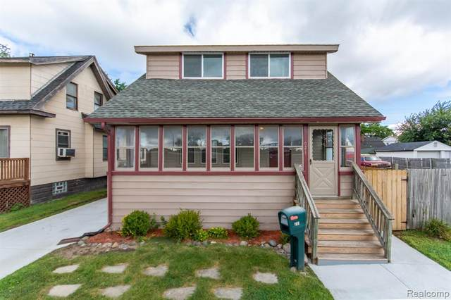 621 E Robert Avenue, Hazel Park, MI 48030 (MLS #R2210076238) :: Berkshire Hathaway HomeServices Snyder & Company, Realtors®
