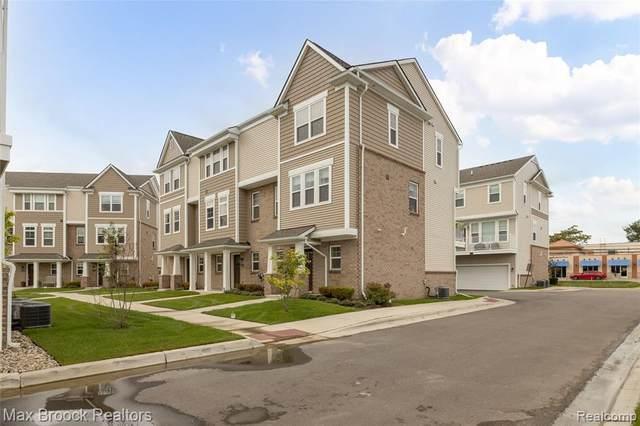 2500 Normandy Road #30, Royal Oak, MI 48073 (MLS #R2210076793) :: Berkshire Hathaway HomeServices Snyder & Company, Realtors®