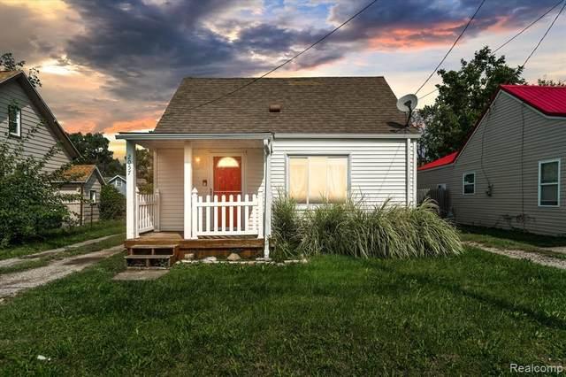 2057 E Mclean Avenue, Burton, MI 48529 (MLS #R2210077807) :: Berkshire Hathaway HomeServices Snyder & Company, Realtors®