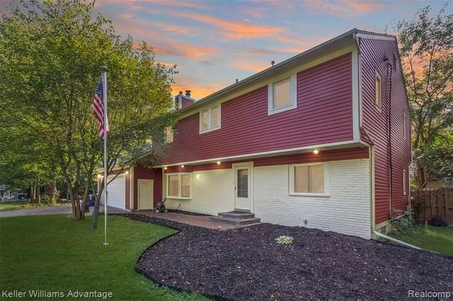 7125 Manderson, West Bloomfield, MI 48323 (MLS #R2210079683) :: Berkshire Hathaway HomeServices Snyder & Company, Realtors®
