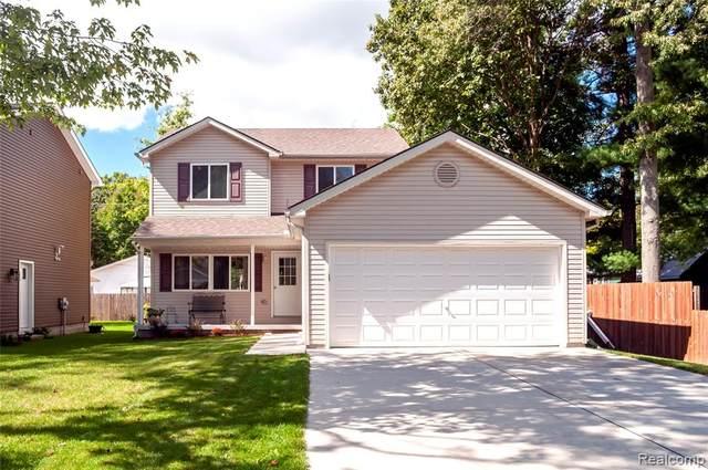 9122 Maple Road, Clay, MI 48001 (MLS #R2210079671) :: Berkshire Hathaway HomeServices Snyder & Company, Realtors®