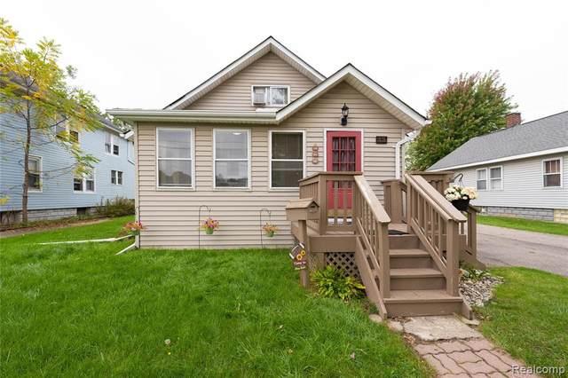 12 S Rose Street, Mount Clemens, MI 48043 (MLS #R2210086773) :: Berkshire Hathaway HomeServices Snyder & Company, Realtors®