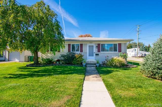 22857 Donald Avenue, Eastpointe, MI 48021 (MLS #R2210087874) :: Berkshire Hathaway HomeServices Snyder & Company, Realtors®