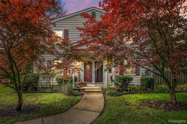 41366 Lehigh Lane, Northville, MI 48167 (MLS #R2210088822) :: Berkshire Hathaway HomeServices Snyder & Company, Realtors®