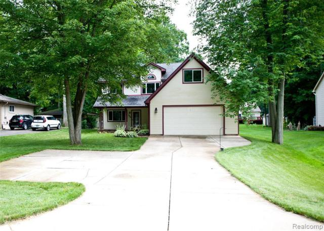 1500 Remsing St, Hartland, MI 48353 (MLS #R219070143) :: The Toth Team