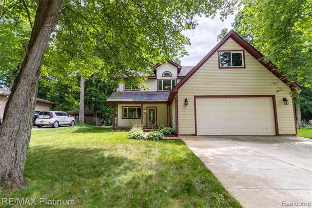 1500 Remsing Street, Hartland, MI 48353 (MLS #R219082772) :: Berkshire Hathaway HomeServices Snyder & Company, Realtors®