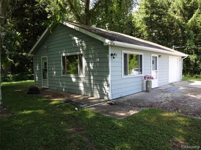 8180 Lakeshore Rd, Lexington, MI 48450 (MLS #R219084828) :: The Toth Team