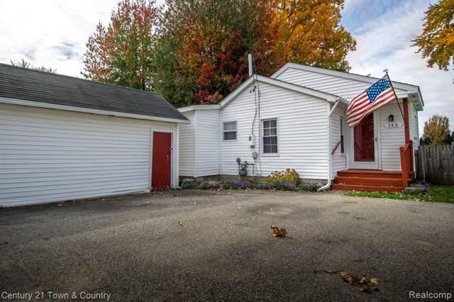143 Island Crt, Algonac, MI 48001 (MLS #R219106950) :: Berkshire Hathaway HomeServices Snyder & Company, Realtors®