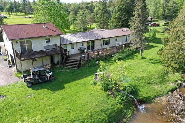 6666 Maple Acres Dr, Whittemore, MI 48770 (MLS #R2200015494) :: Berkshire Hathaway HomeServices Snyder & Company, Realtors®