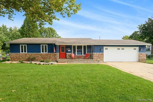 609 Autumn Dr, Flushing, MI 48433 (MLS #R2200076777) :: Berkshire Hathaway HomeServices Snyder & Company, Realtors®