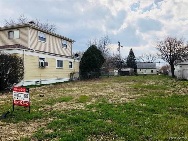 24593 Laetham Avenue, Eastpointe, MI 48021 (MLS #R218035680) :: Berkshire Hathaway HomeServices Snyder & Company, Realtors®
