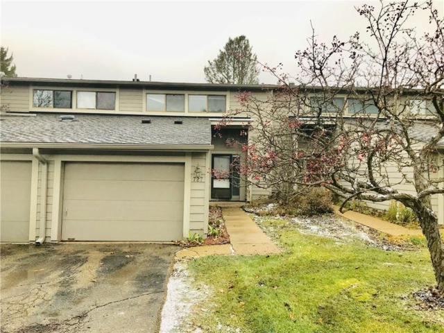 727 Peninsula Crt, Ann Arbor, MI 48105 (MLS #R218116127) :: Berkshire Hathaway HomeServices Snyder & Company, Realtors®