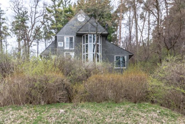 490 Barton Shore Drive, Ann Arbor, MI 48105 (MLS #3264819) :: The Toth Team