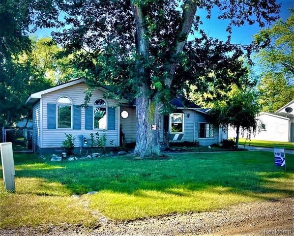 7276 Oak Road, Lexington, MI 48450 (MLS #R2210075207) :: Berkshire Hathaway HomeServices Snyder & Company, Realtors®